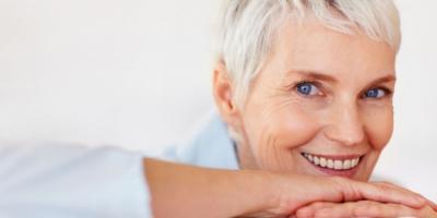 Mujer saludable después de la menopausia
